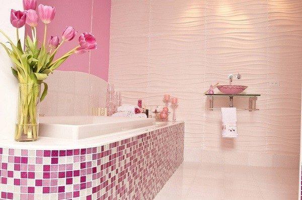 Розовая ванна - мечта всех юных представительниц прекрасного пола