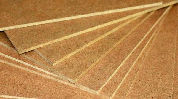 Оргалит представляет собой строительный прессованный картон