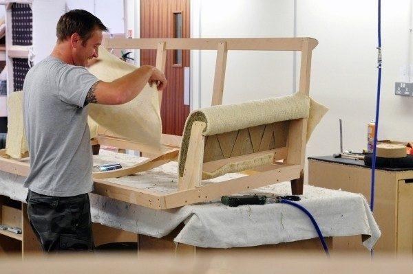 Самостоятельное изготовление мебели из дерева - прибыльное дело