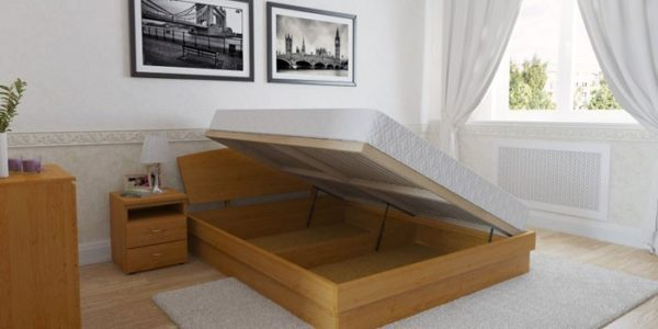 Подъем матраса в сторону повышает удобство использования кровати