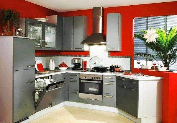 Посудомойка - незаменимый агрегат на любой кухне
