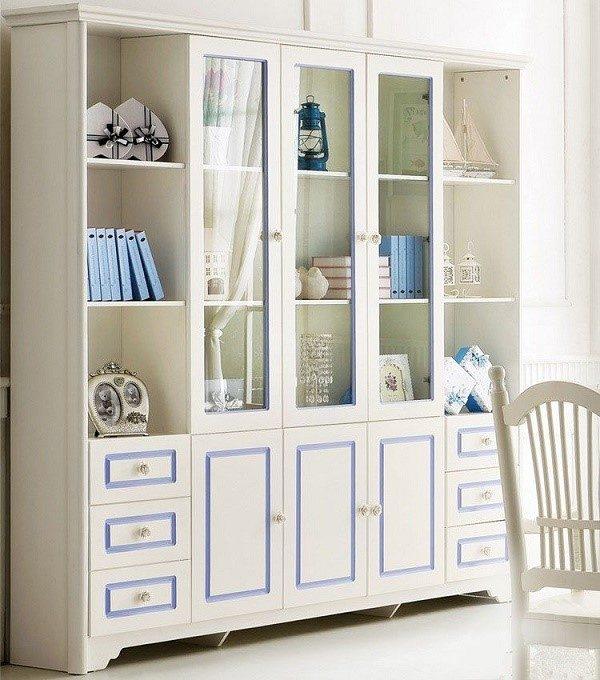 Красивейший шкаф со стеклянными фасадами