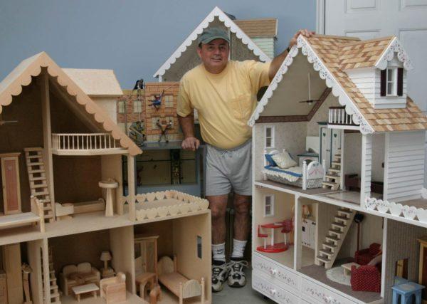 Фанерный домик для кукол своими руками