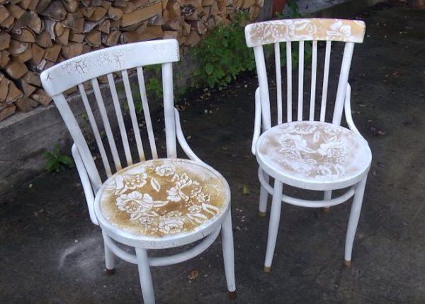 Декорирование стульев в технике «кракле»