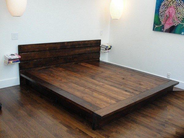 Кровать с основанием из цельного мебельного щита