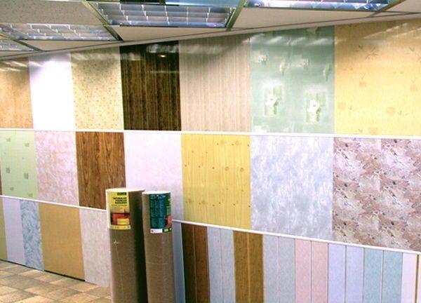 Покупать панели ПВХ лучше всего в крупных строительных магазинах, где весь товар лицензирован