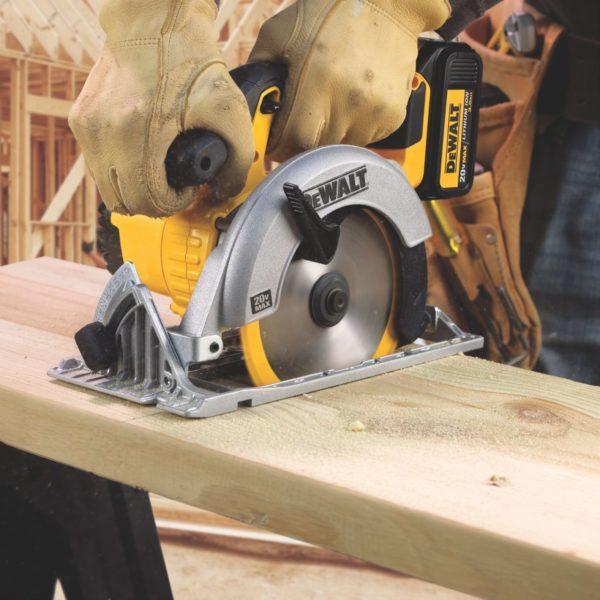 Циркулярная пила — эффективный и функциональный инструмент для распиливания самых различных материалов