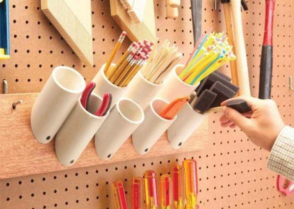 Держатели для кистей и карандашей в мастерской