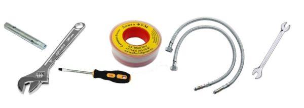 Для монтажа смесителя требуется минимум инструментов