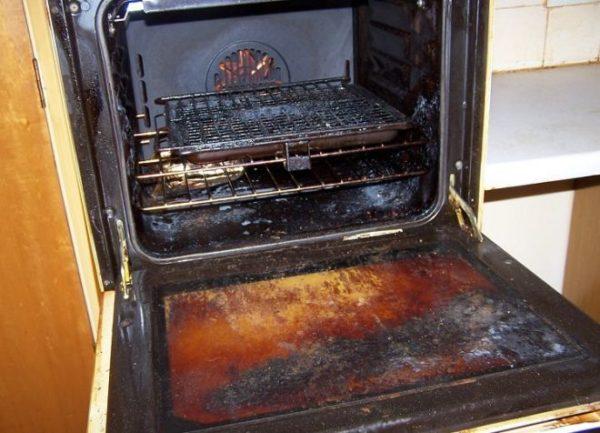 Как отмыть духовку изнутри