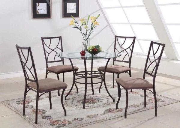 Кованые стулья на металлическом каркасе для классического интерьера