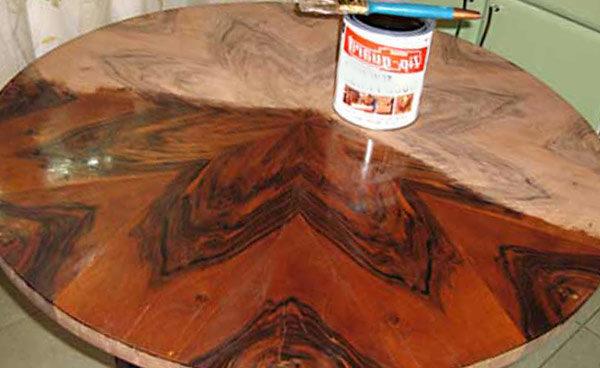 Многие составы для дерева имеют сильный неприятный запах
