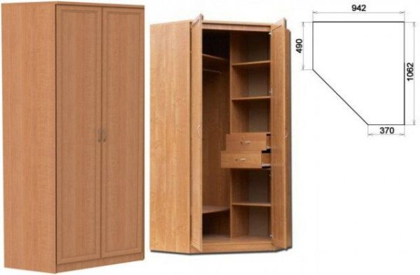 Несимметричный угловой шкаф со штангой и полками