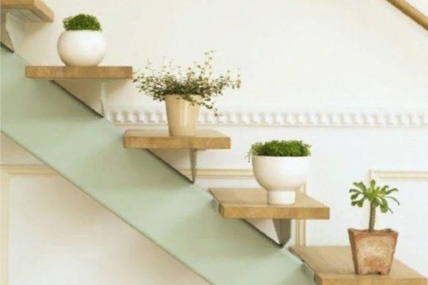 Полочки над лестницей