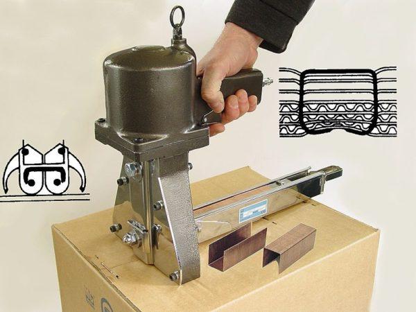 Промышленный степлер для картона
