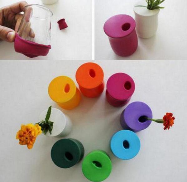 Разноцветные вазочки