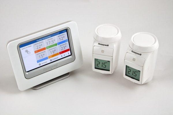 Термостаты позволяют эффективно регулировать температуру в комнате