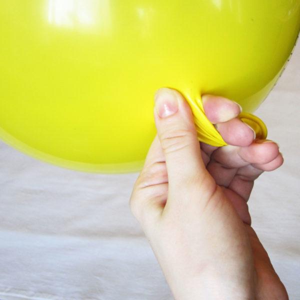 Важно учесть, что форма будущего абажура напрямую зависит от формы шарика