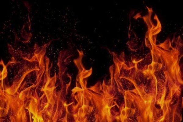 Растворитель легко загорается, чтобы пожара не произошло, работайте с ним в помещении, где отсутствуют источники возгорания