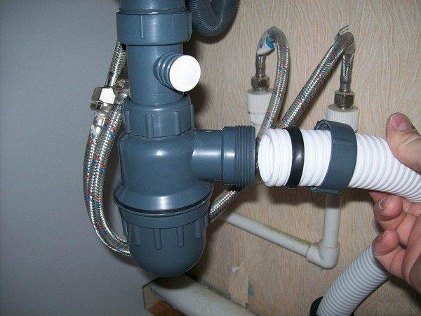 Подключение к водопроводу и канализации