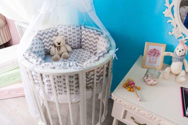 Круглая детская кроватка
