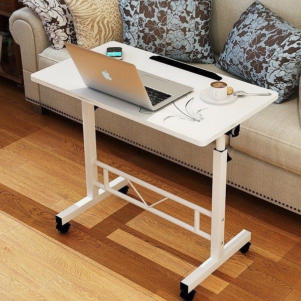 Столик для ноутбука на колесиках