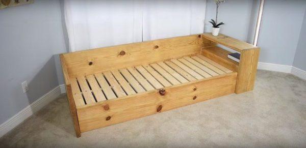 Деревянный каркас дивана-кровати