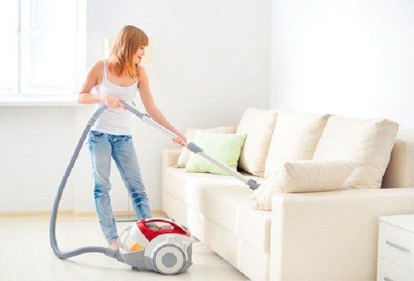 Чем тщательнее вы станете очищать диван, тем дольше он вам прослужит
