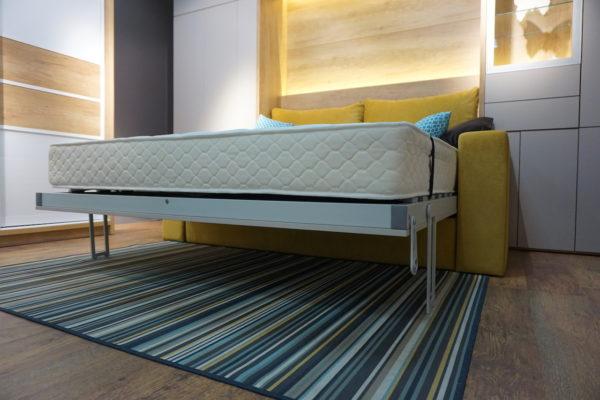 Кровать-трансформер в дневное время превращается в удобный диван