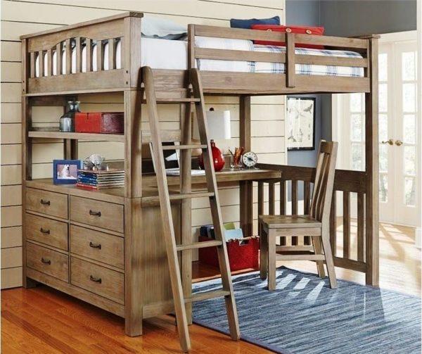 Кровать с рабочим местом дополнительно оборудуется полками и тумбами