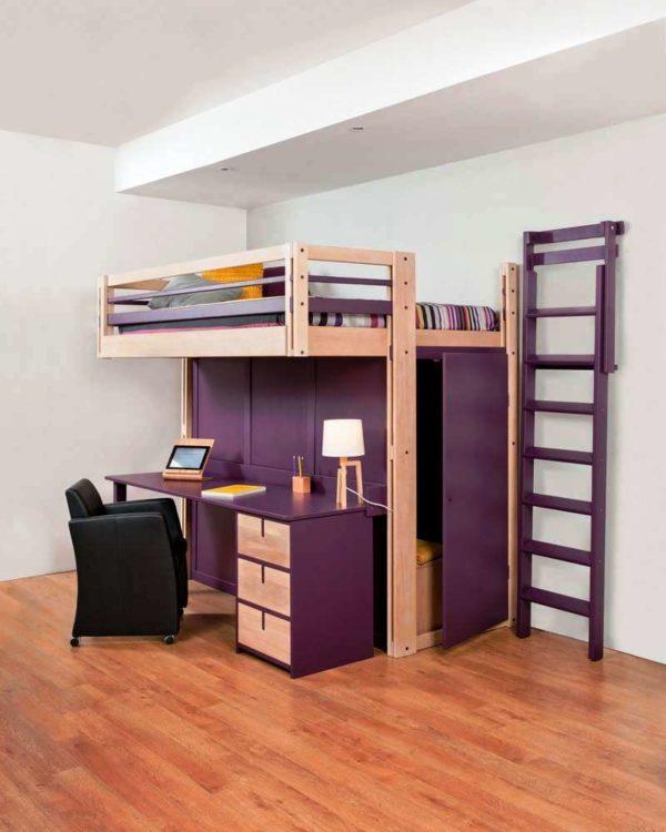 Совмещение гардероба и рабочего места