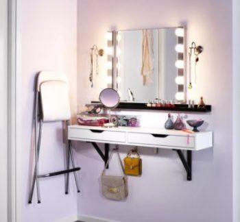 Консольный способ фиксации делает мебель визуально легче