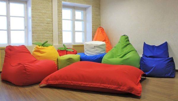 Мягкая мебель без каркаса станет основой релакс-зоны