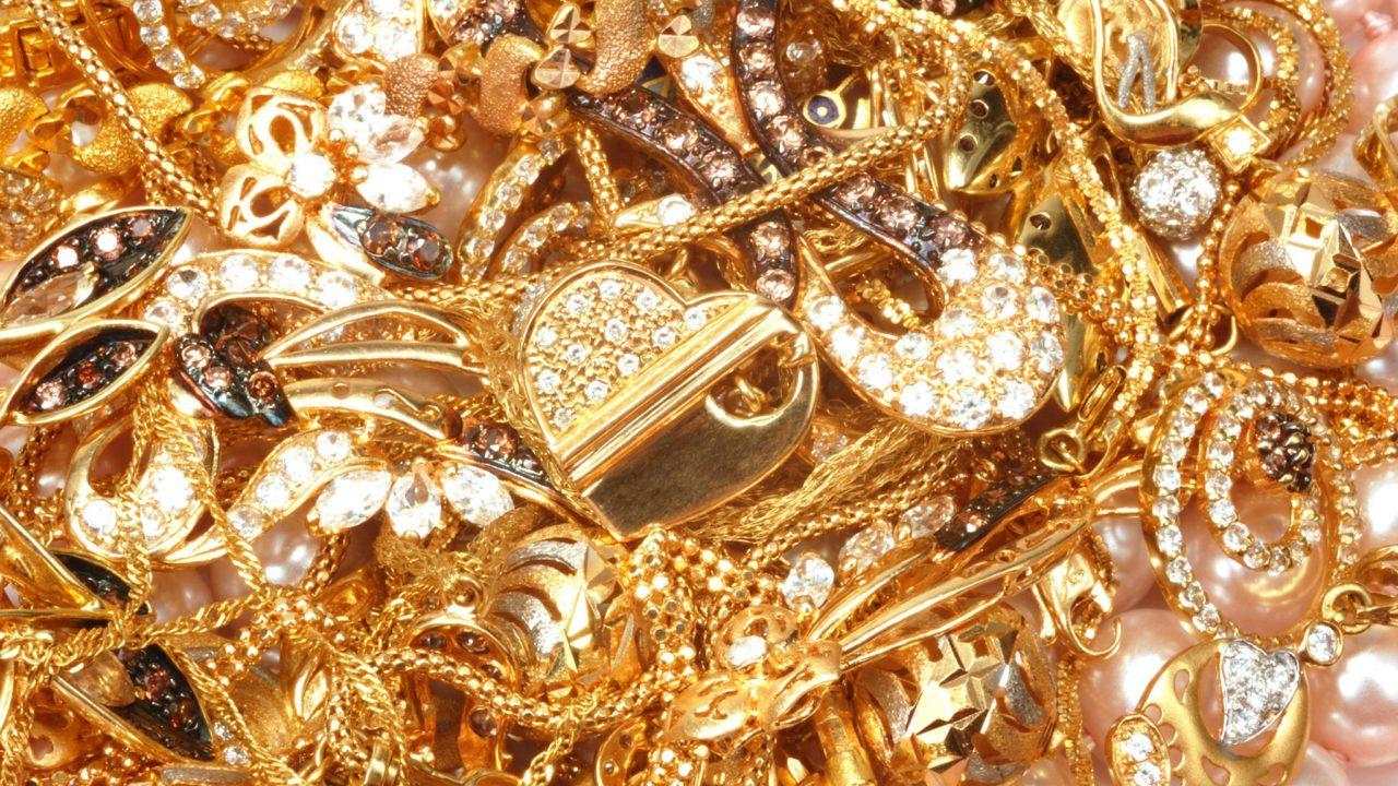 Чем чистят золото в домашних условиях