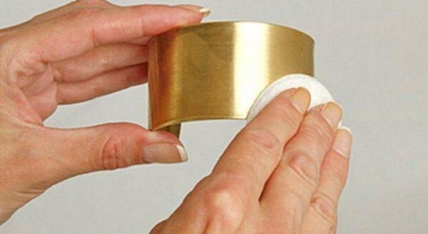 Чистка золотых украшений в домашних условиях