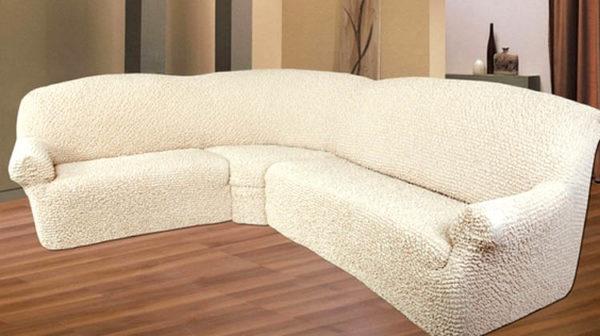 Если старый диван надоел, можно обновить его, надев чехол