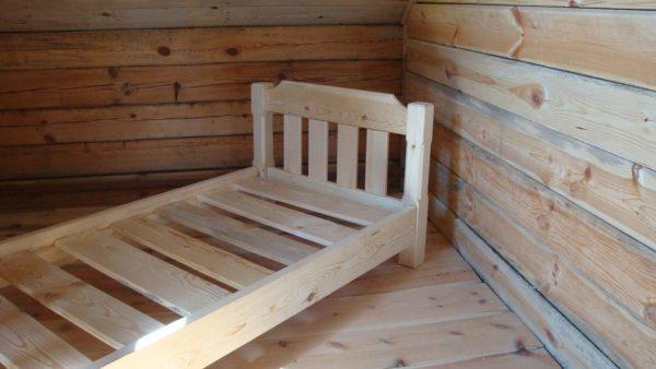 Кровать для ребенка своими руками из дерева лучше делать из хвойного массива
