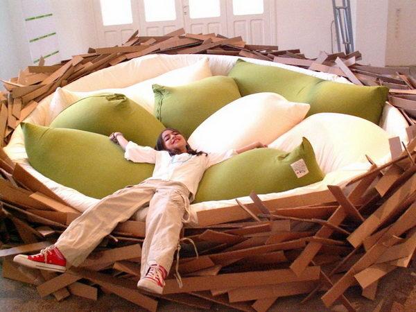 Кровать-гнездо