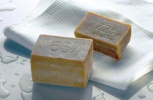 Обычное хозяйственное мыло для стирки мембранной одежды