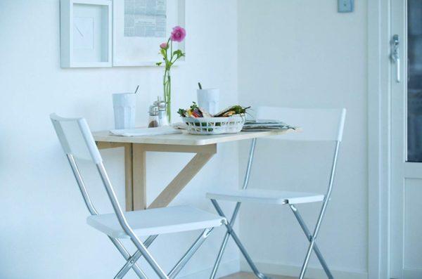 Откидной стол из массива