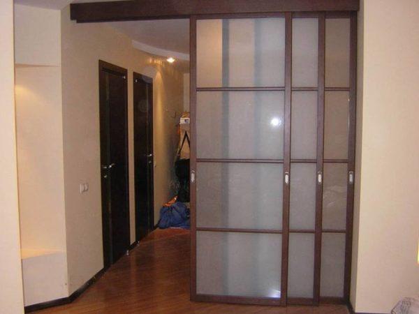 Раздвижные двери в качестве перегородки