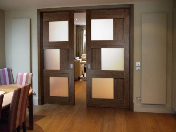 Раздвижные межкомнатные двери позволяют экономить пространство в помещении