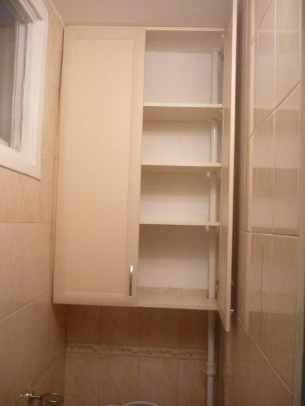 Самодельные шкафы позволяют сократить расходы на материалы и работу мастеров