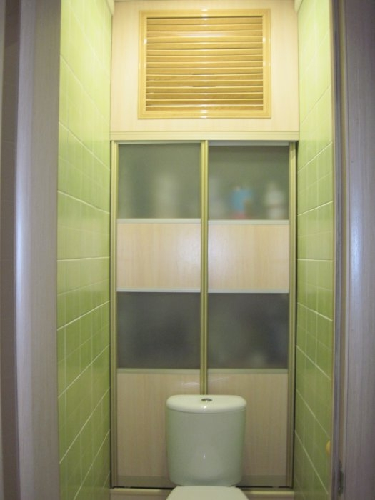Шкаф-купе для туалета