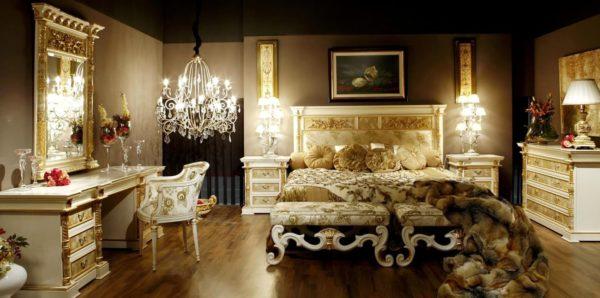 Стильный, изысканный интерьер без излишка декоративных деталей смотрится дорого и вычурно