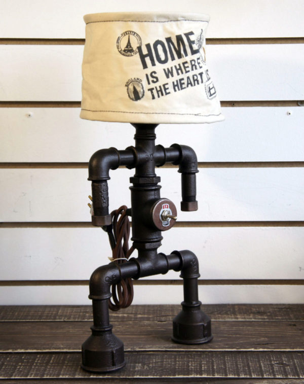 Светильник-настольная лампа