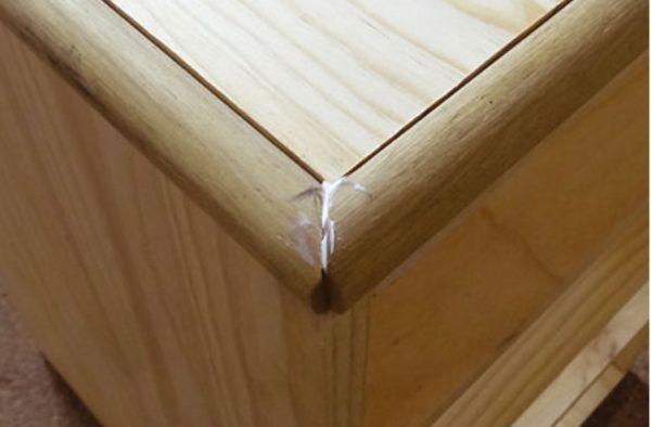 Установка деревянных молдингов