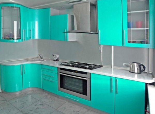 Встраиваемый духовой шкаф в дизайне кухни