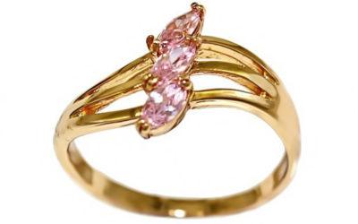 Золотое кольцо с розовым цирконом